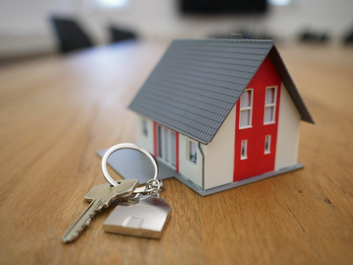 should I self-manage my rental property